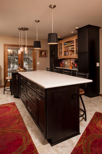 简约风格卧室原木色家居富裕型家用餐桌图片