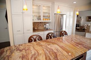 新古典风格客厅温馨装饰暖色调2013厨房吊顶大理石餐桌效果图
