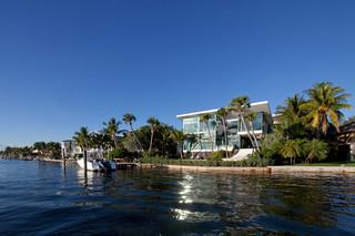 海滨别墅 蓝色海洋 空气清新