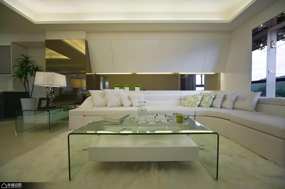 新古典风格海边别墅唯美沙发背景墙装修图片