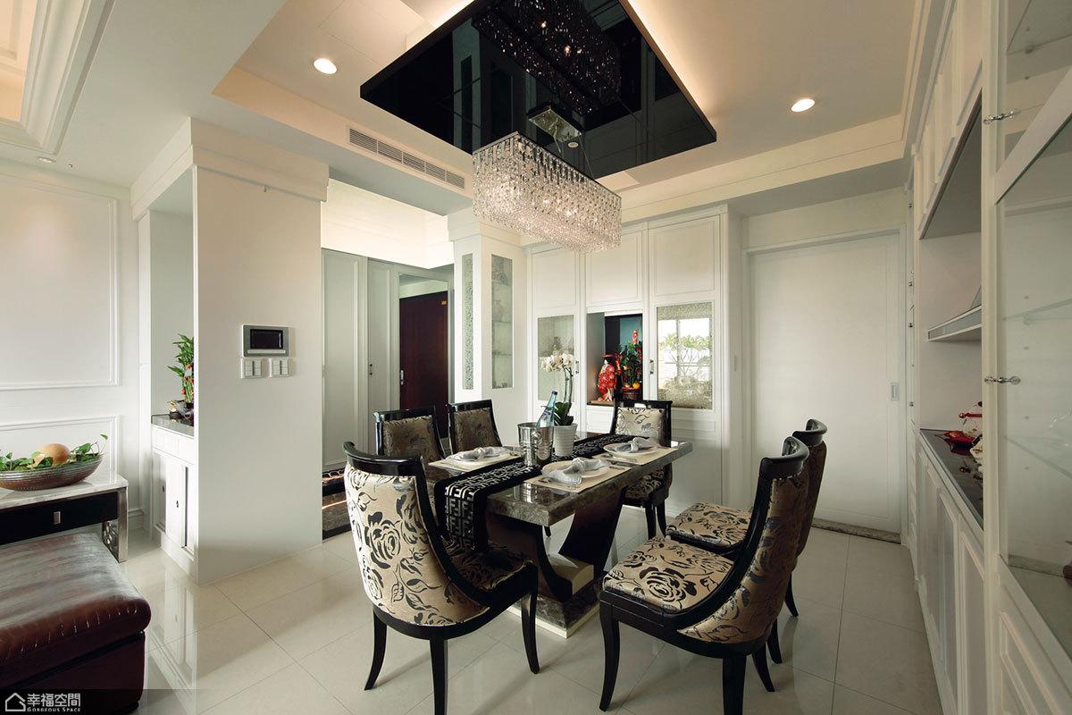 新古典风格别墅奢华餐厅吊顶装修效果图