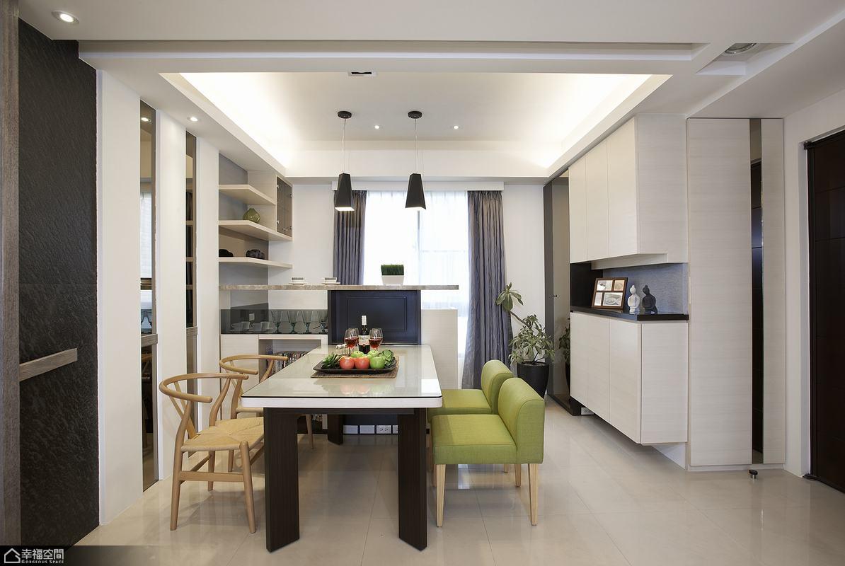 现代简约风格餐厅复式公寓舒适客厅鞋柜装饰效果图