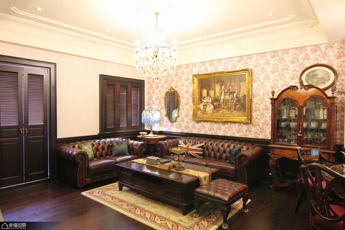 英伦风格别墅奢华沙发背景墙装修图片