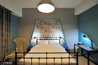英伦风格公寓另类装修效果图