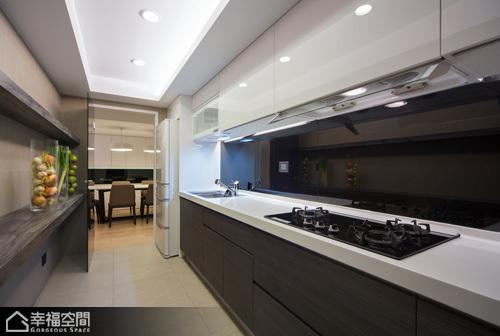 简约风格时尚厨房旧房改造家居图片