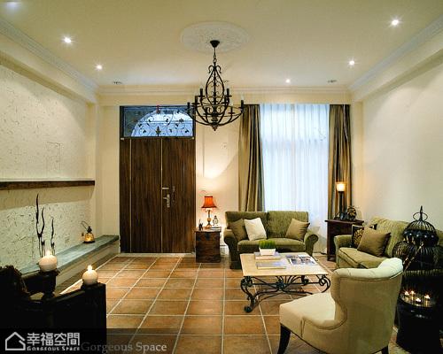 英伦风格别墅舒适客厅装修
