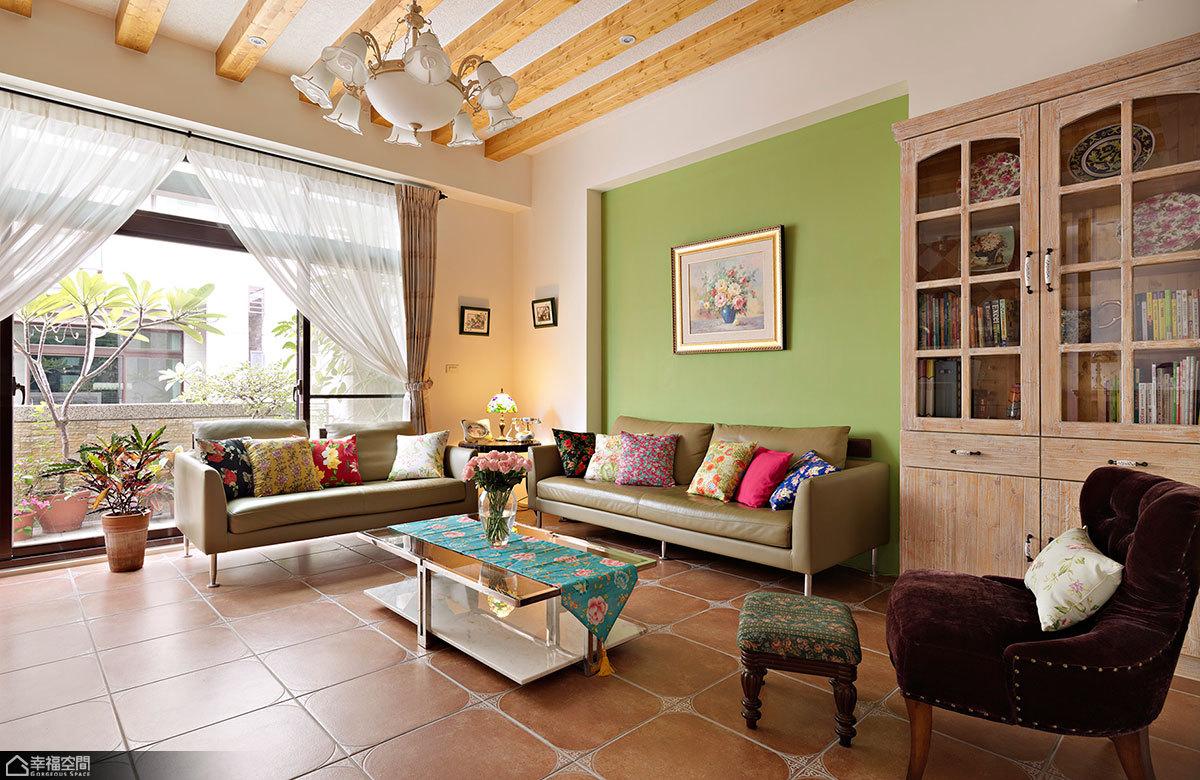 欧式风格复式小清新客厅装修效果图