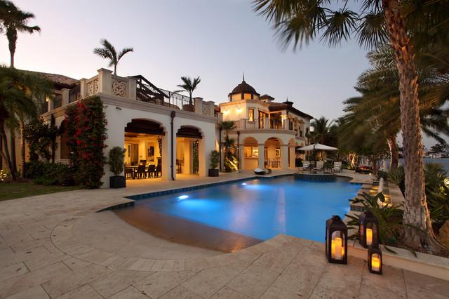 现代东南亚风格富裕型140平米以上别墅游泳池装修