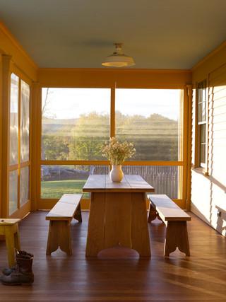 田园风格家具三层平顶别墅梦幻米黄色调墙壁阳光房装修效果图