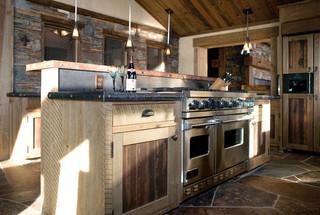 新古典风格一层半小别墅古典装饰咖啡色橱柜效果图