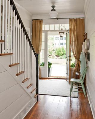 欧式风格卧室2013年别墅梦幻白色客厅室内装修楼梯装修效果图