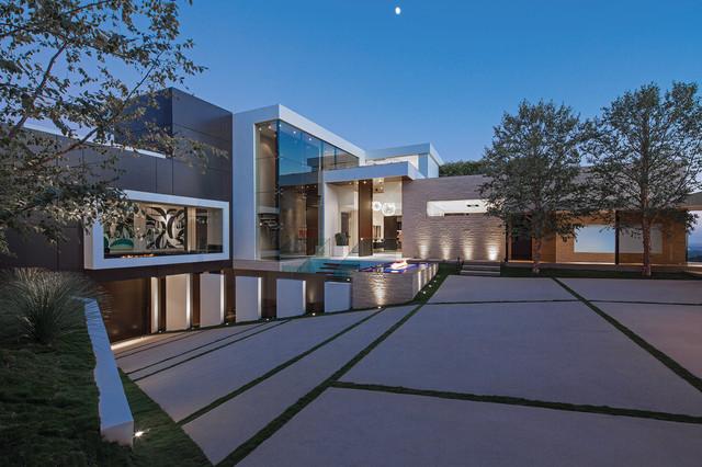 现代简约风格三层连体别墅艺术白色效果图