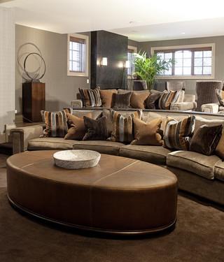 三层平顶别墅欧式奢华咖啡色沙发茶几图片
