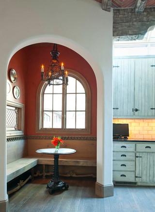 现代欧式风格300平别墅新古典主原木色家庭餐桌图片