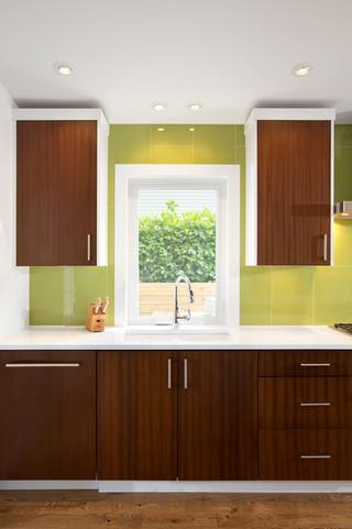 现代简约风格卫生间2014年别墅舒适咖啡色橱柜效果图