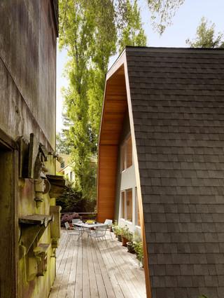 亲近自然打造木质风  现代简约风格别墅设计