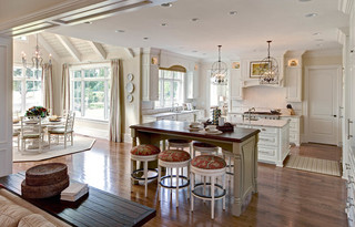 欧式风格客厅2013别墅及唯美白色卧室客厅隔断墙装修效果图