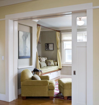欧式风格家具一层半小别墅温馨客厅绿色橱柜2013客厅装修图片