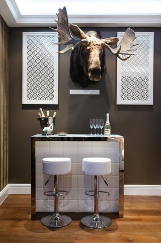 现代北欧风格一层别墅艺术白色门家庭酒吧台装修效果图