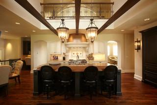 欧式风格卧室欧式别墅豪华厨房圆形餐桌图片