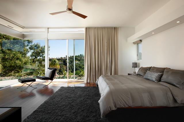 美式风格卧室乡村别墅温馨15平米卧室设计图