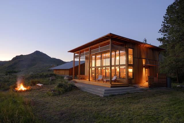 山顶度假木质小屋