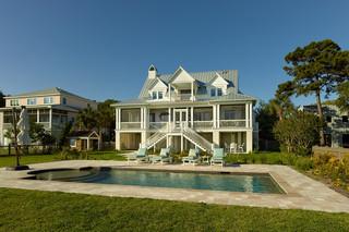 苏州价值两千万别墅豪装 双楼梯通往游泳池