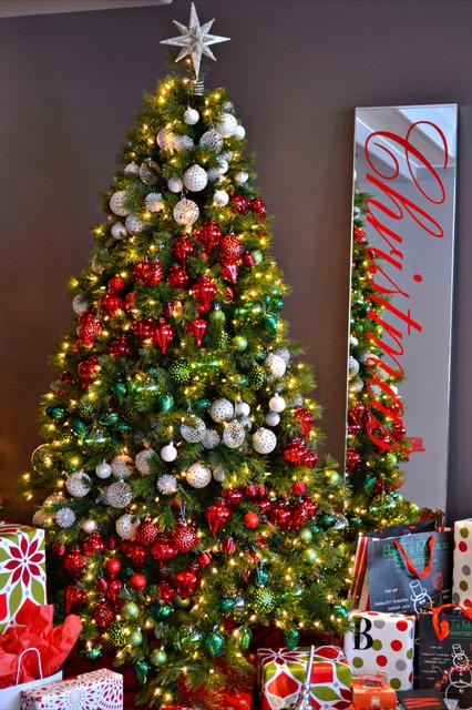 快乐氛围四处洋溢  圣诞之家的圣诞之夜