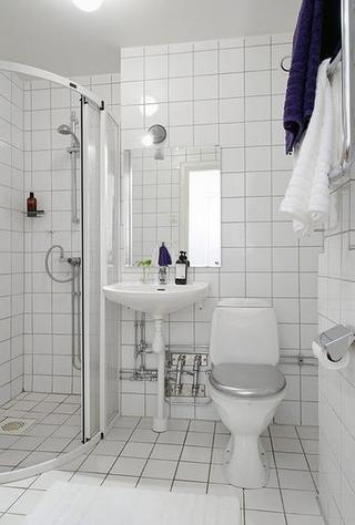 北欧风格简洁白色60平米整体卫浴效果图