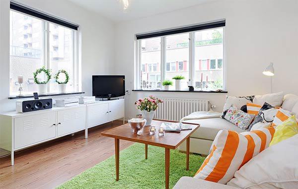 如果你想看到小空间室内设计的好案例,那么来看看这间明亮,精心布局的,散发着和平与宁静的公寓吧。尽管它位于瓦萨。公寓房间都经过精心设计,每平方米都用最好的方式进行装饰。小公寓只有41.5平方米,但你不得不承认,它看起来真的很棒。