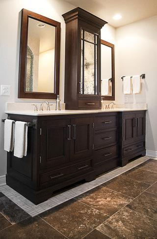 8款不同简约的浴室柜设计