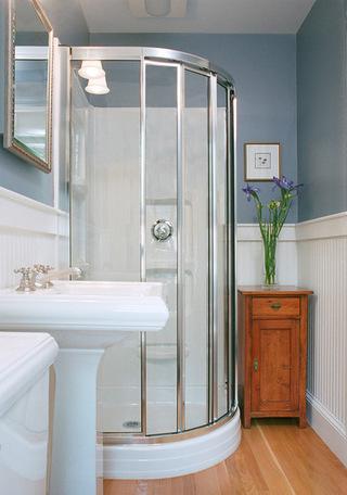 小空间大利用的卫生间设计