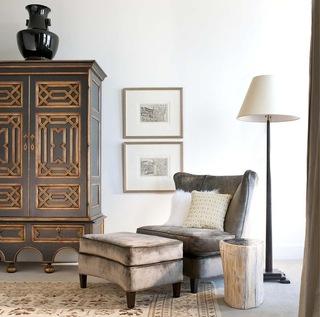 古罗马风格的古典中带点轻快的家具