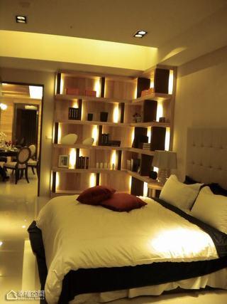 日式风格公寓豪华卧室装修