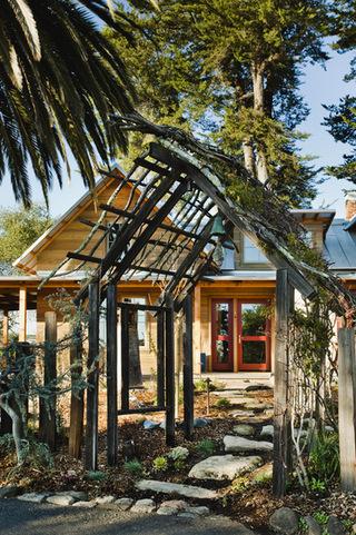原木色别墅设计 不失自然与温馨