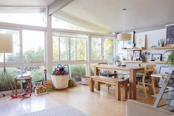 宜家风格温馨装饰经济型阳台窗户图片