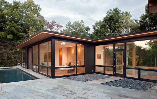 傳統的木框架與年輕的鋼框架 藍嶺山脈別墅的自然美景