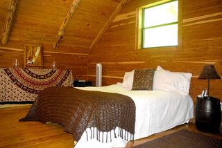 保持设计简约整洁的独特的作品 奥斯汀平静小屋翻新改造