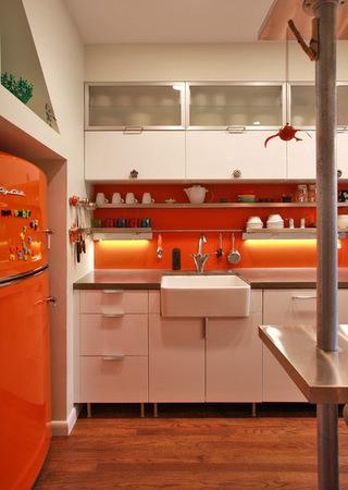 趣味冰箱  给单调的厨房空间加分