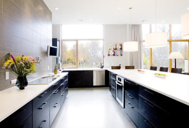 邊工作邊享受  廚房間里電視空間