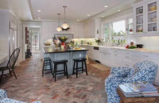 不同款式厨房地板    你会喜欢么