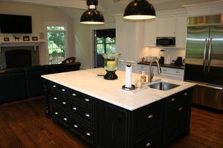 超大超舒适的开放式厨房