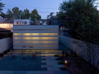 户外庭院的灯光 映射美妙旋律