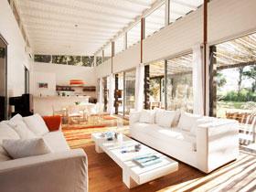 落地窗造敞亮空間 23款開放式大客廳