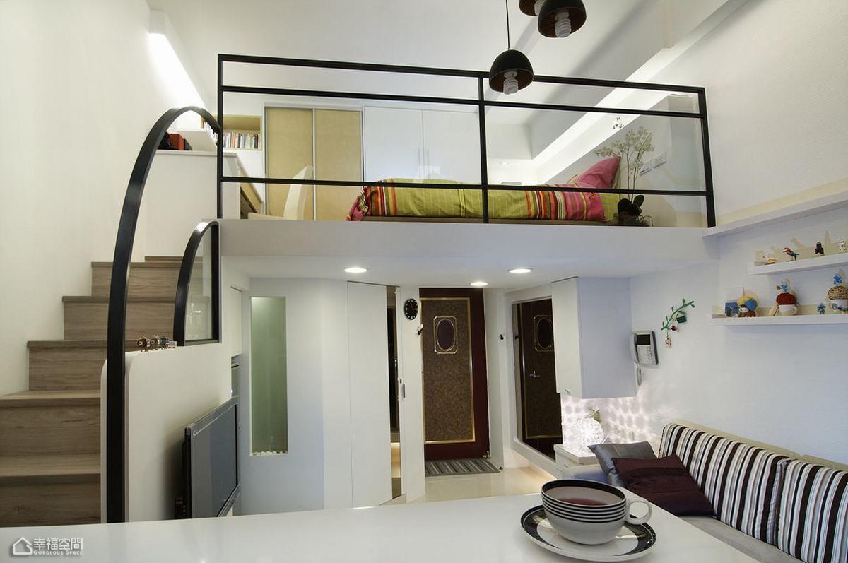 简约风格挑高户型小清新楼梯设计图