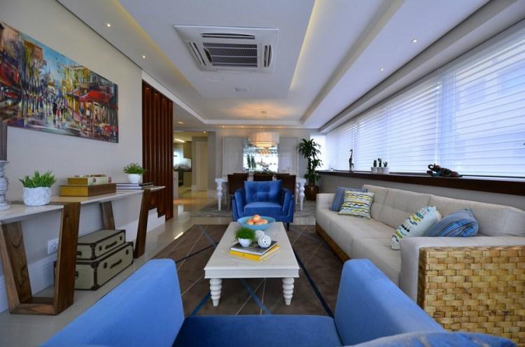 巴西现代豪华复式住宅图片