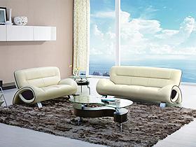 沙發如人滄桑又陽光
