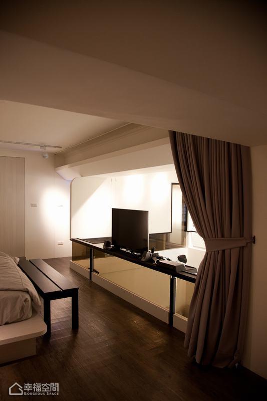 loft风格挑高户型黑白设计图
