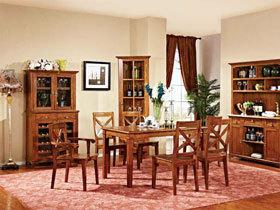 木色餐桌 5图造经典简约餐厅