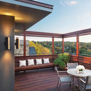 现代简约风格实用阳台装修效果图